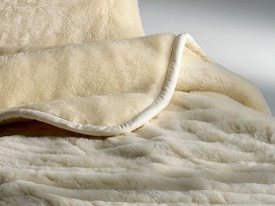 Treat yourself to a good night's sleep on a merino wool mattress by Mollyflex.